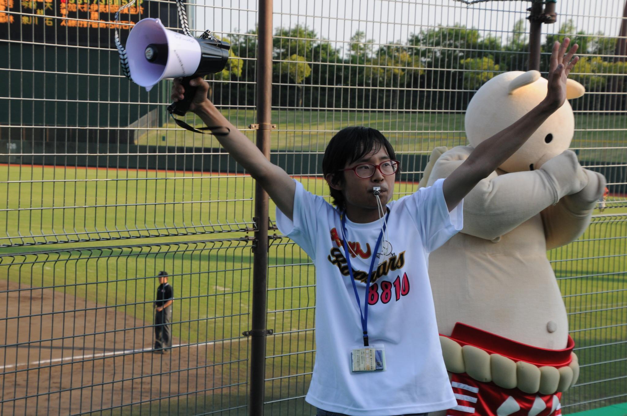 矢場とんブースターズ私設応援団わらじとんかつ(5/22)